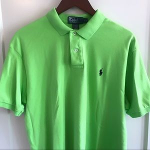 Men's Solid Green Cotton Polo Shirt Short Sleeved